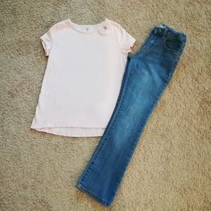 Jeans & tee outfit